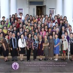 Hawaii Betsuin BWA group photo 2012 on temple steps